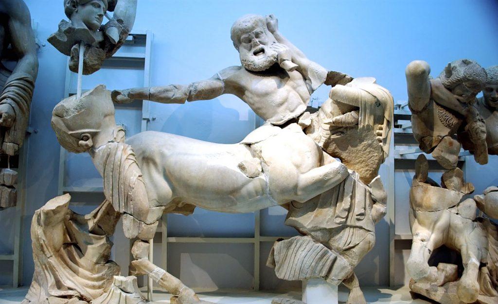 Guide me in Greece tours - Katakolon private tour