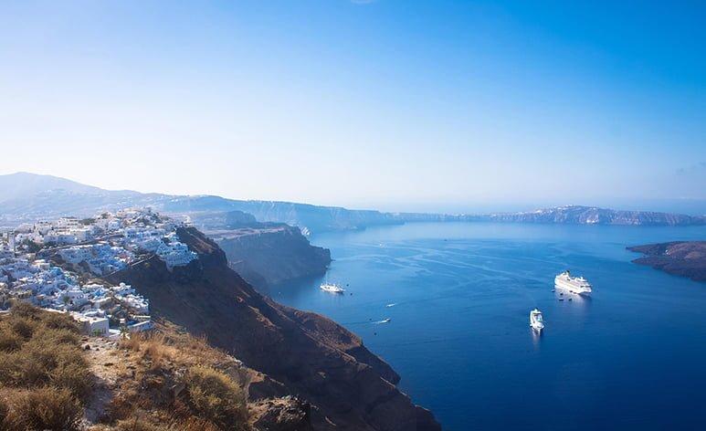 Guide me in Greece tours - Santorini private tour