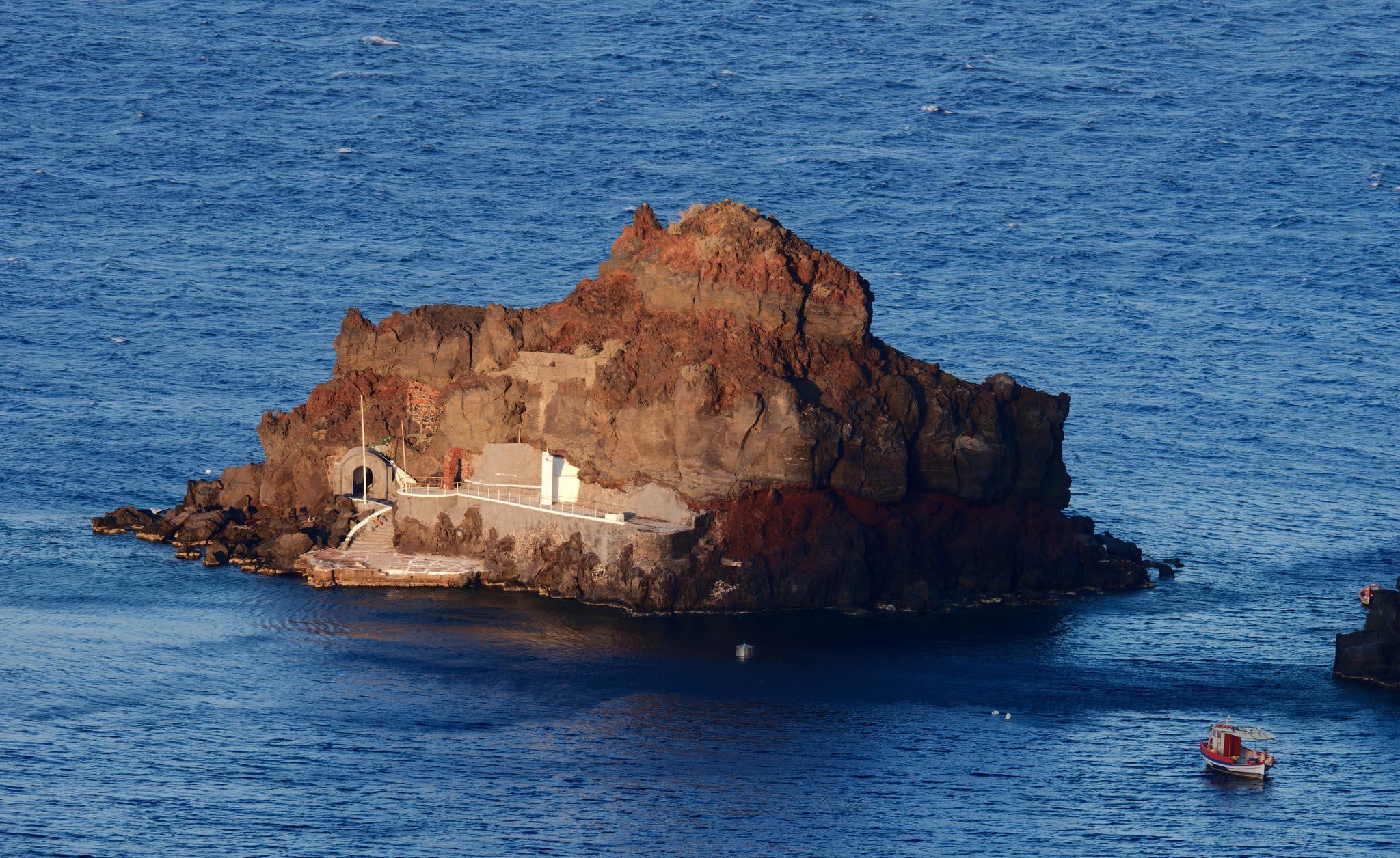 santorini private boat island tour