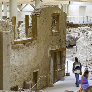 akrotiri private tour